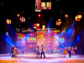 Rudi_Enos_Design_Holiday_On_Ice_08