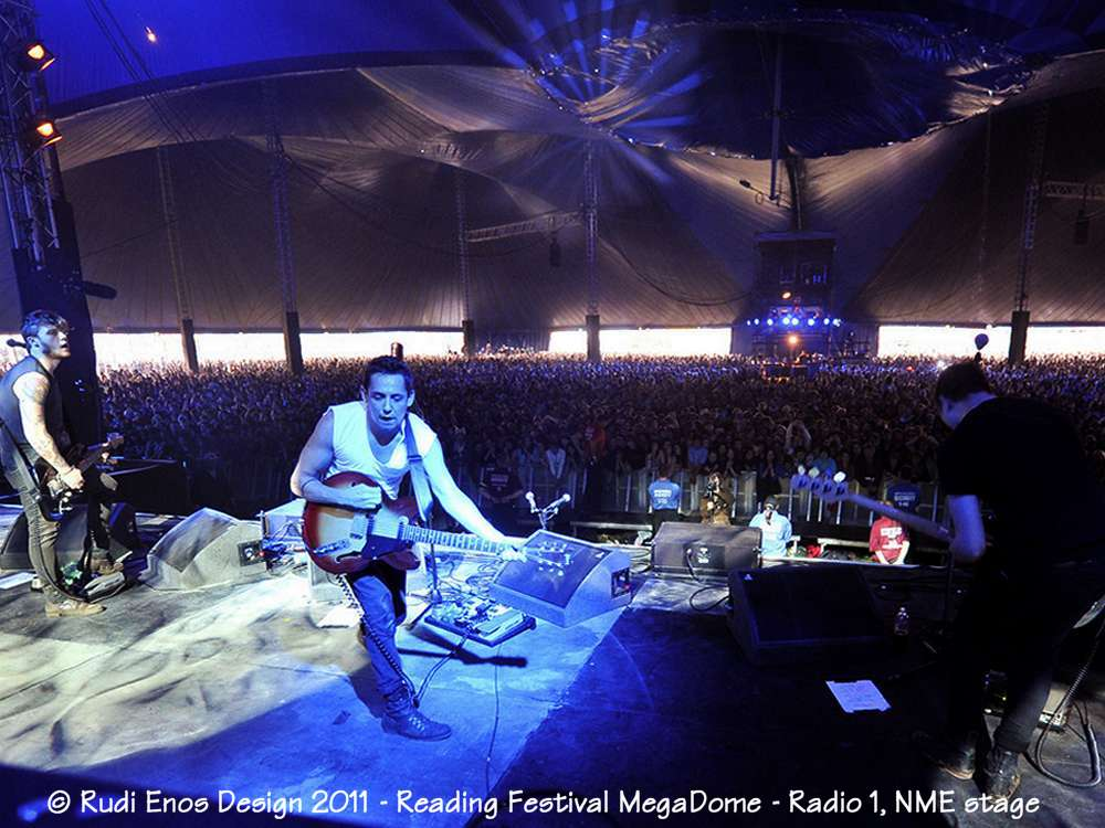 23_Rudi_Enos_Design_Worlds_Largest_Reading_Festival_03.jpg