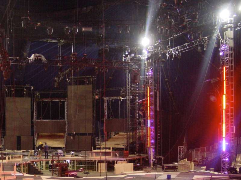 Special_Structures_Lab_Stage_Truss_07.jpg